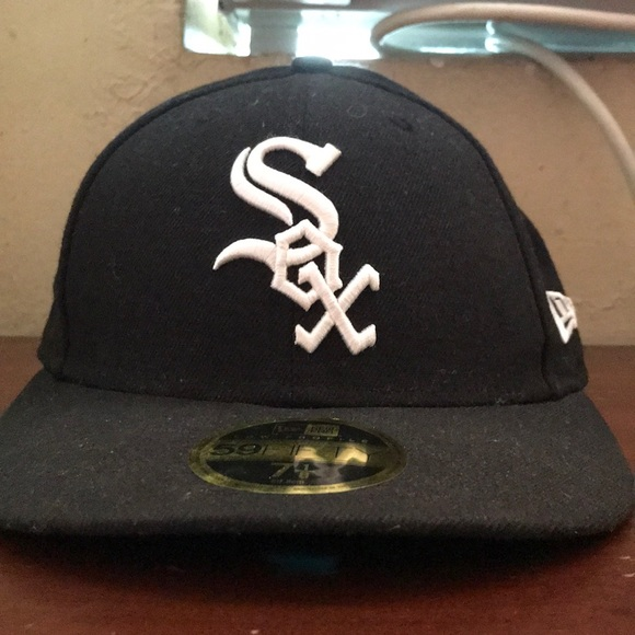 7b706aade0b Sox New Era Cap. NWT. New Era.  15  27. Size. 7 1 8
